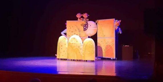 """Куклен театър Русе гостува на българската общност в Брюксел с """"Трите прасенца"""""""